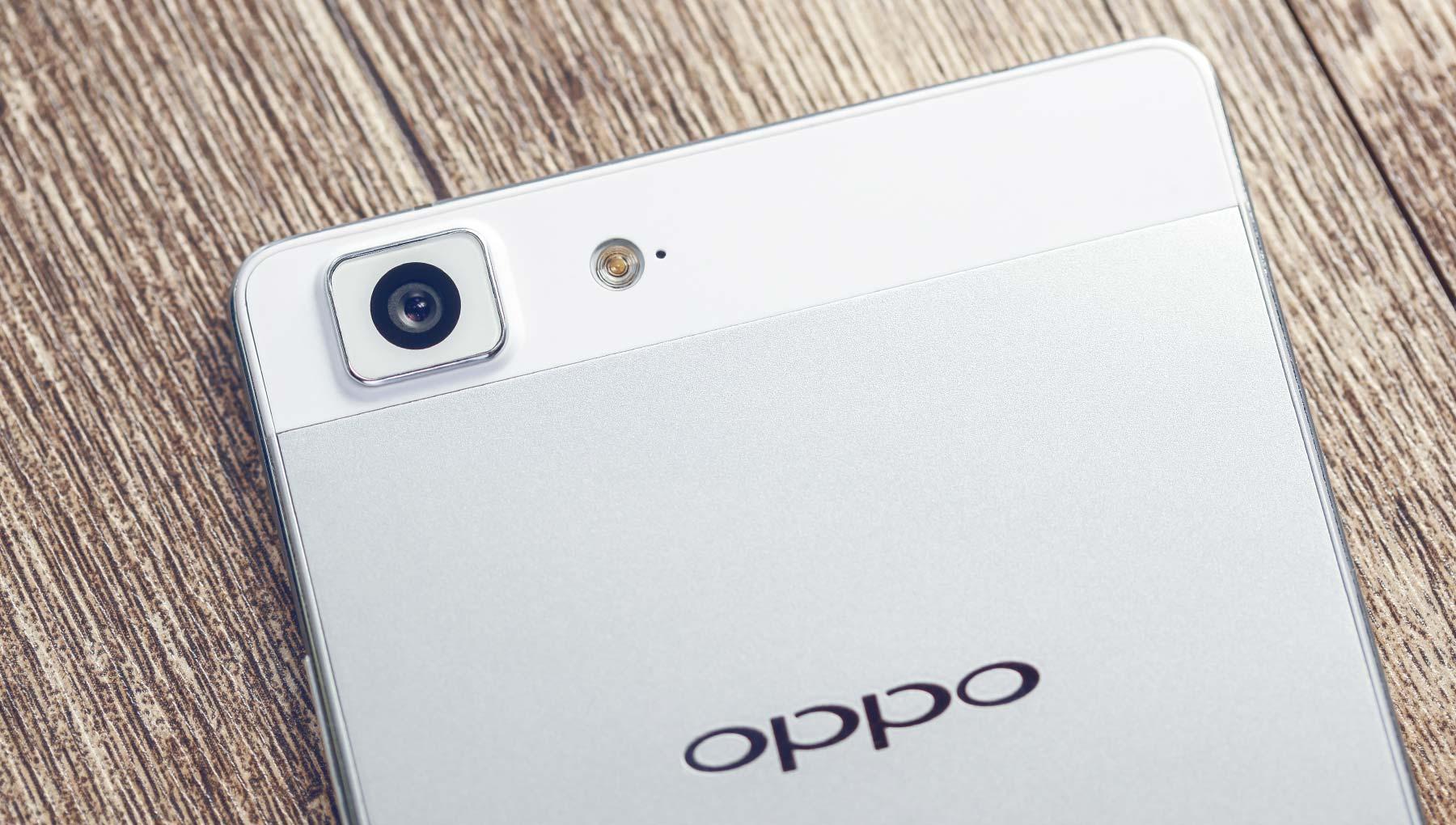 OPPO R5  ႐ႈေထာင့္ကို ပံုေဖာ္ျခင္း