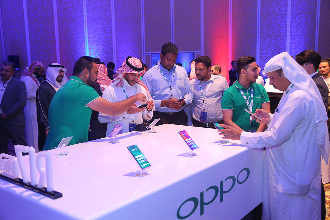 OPPO Brings Global Technology Vision to Saudi Arabia with launch of R17 Series