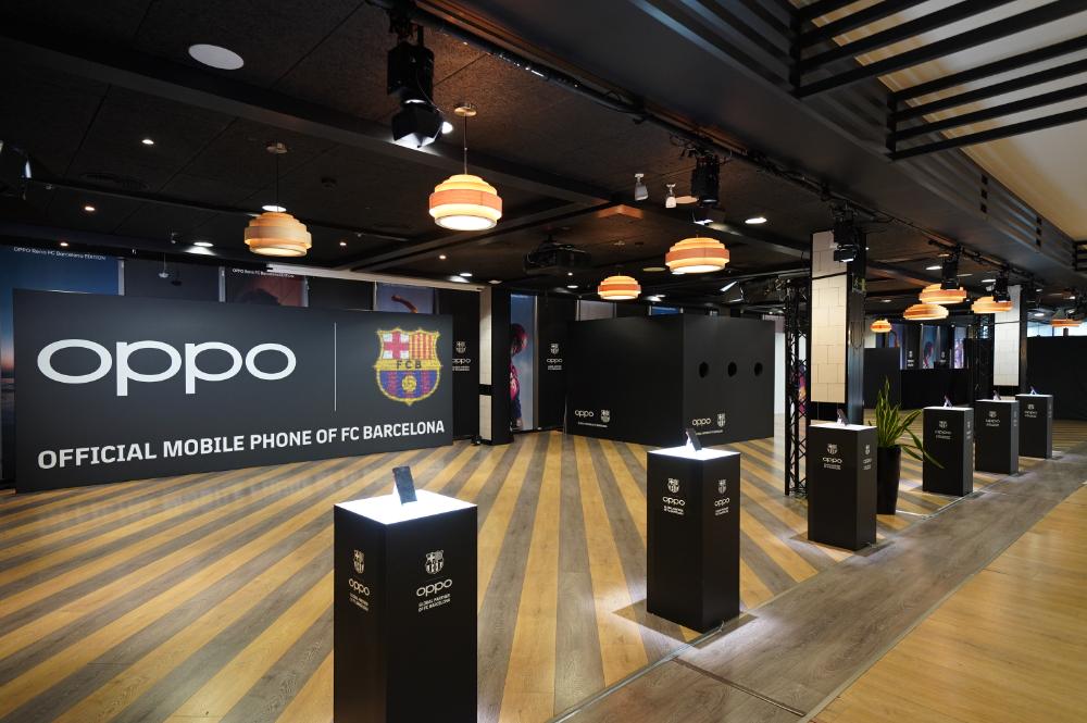 OPPO Reno 巴薩限量版手機來襲  OPPO與巴塞隆納足球俱樂部續簽全球合作夥伴